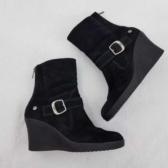 7a7e138127c Ugg Wedge Boots 7 Gissella Black Fur Booties Suede